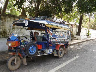 tuktuk-laotien