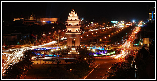 monument-de-independance-phnompenh