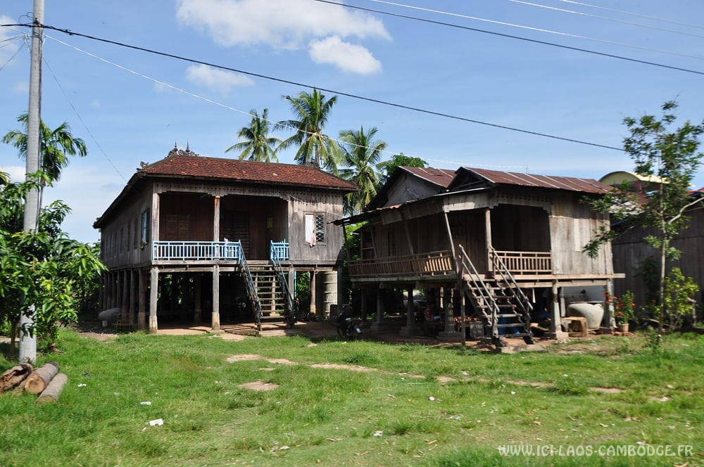 Maison dans une village de la province de Kratie