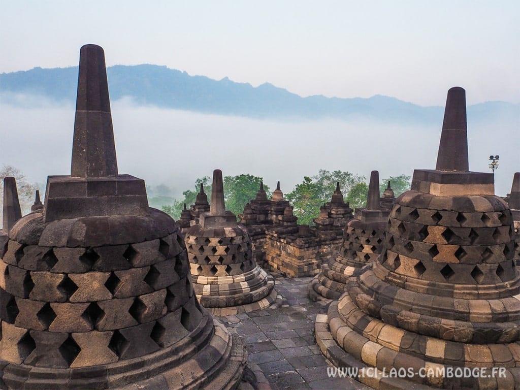 Visiter le temple de Borobudur et ses alentours et vivre un instant magique