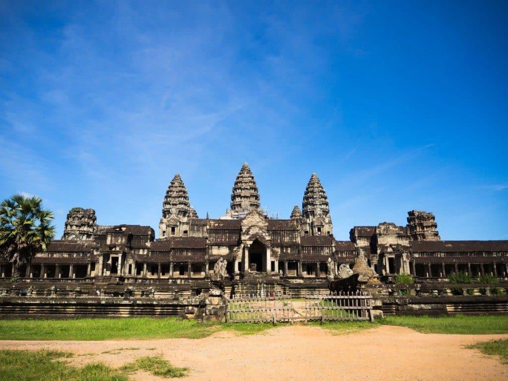 Visiter les temples d'Angkor - Porte est Angkor Wat