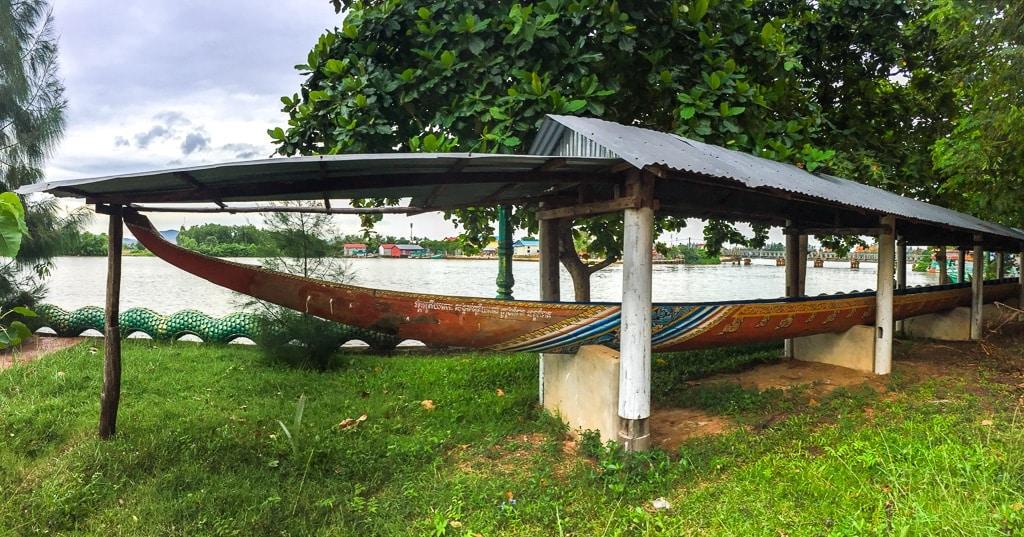 Pirogue Kampot