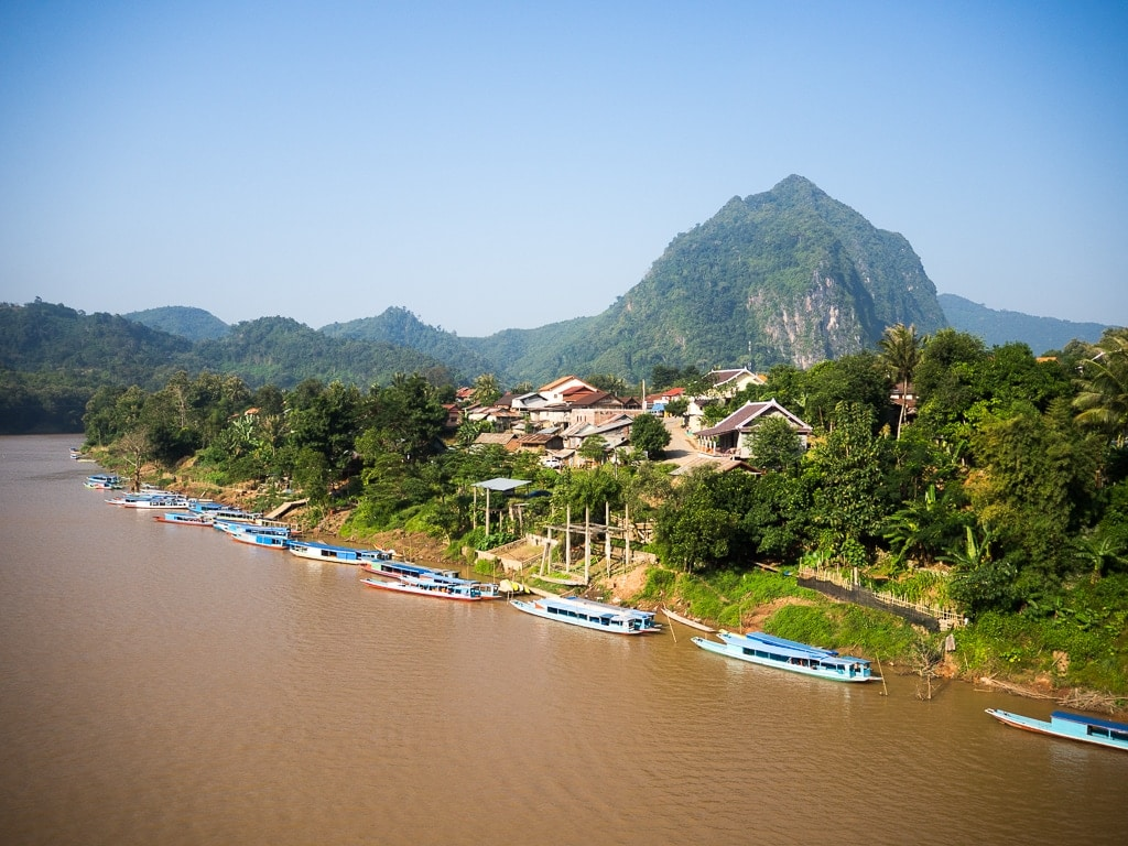 Laos ou Cambodge