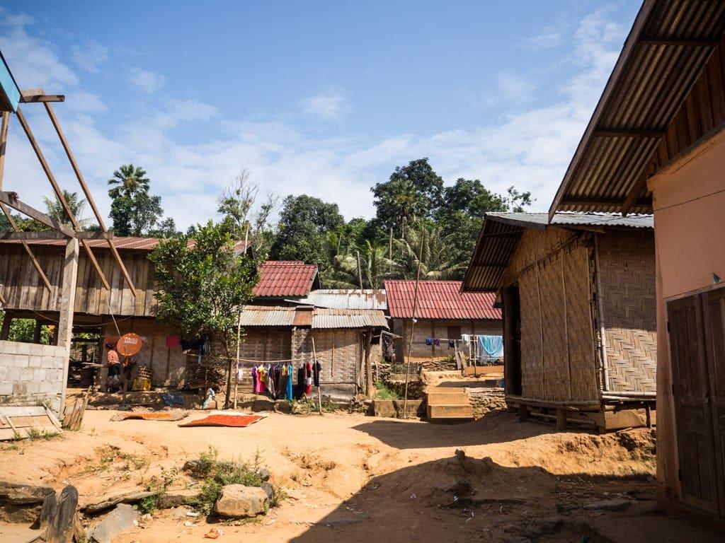 Maison de village sur la Nam Ou