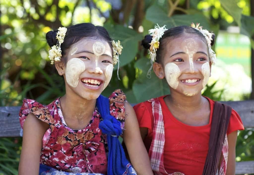 Birmanes souriantes