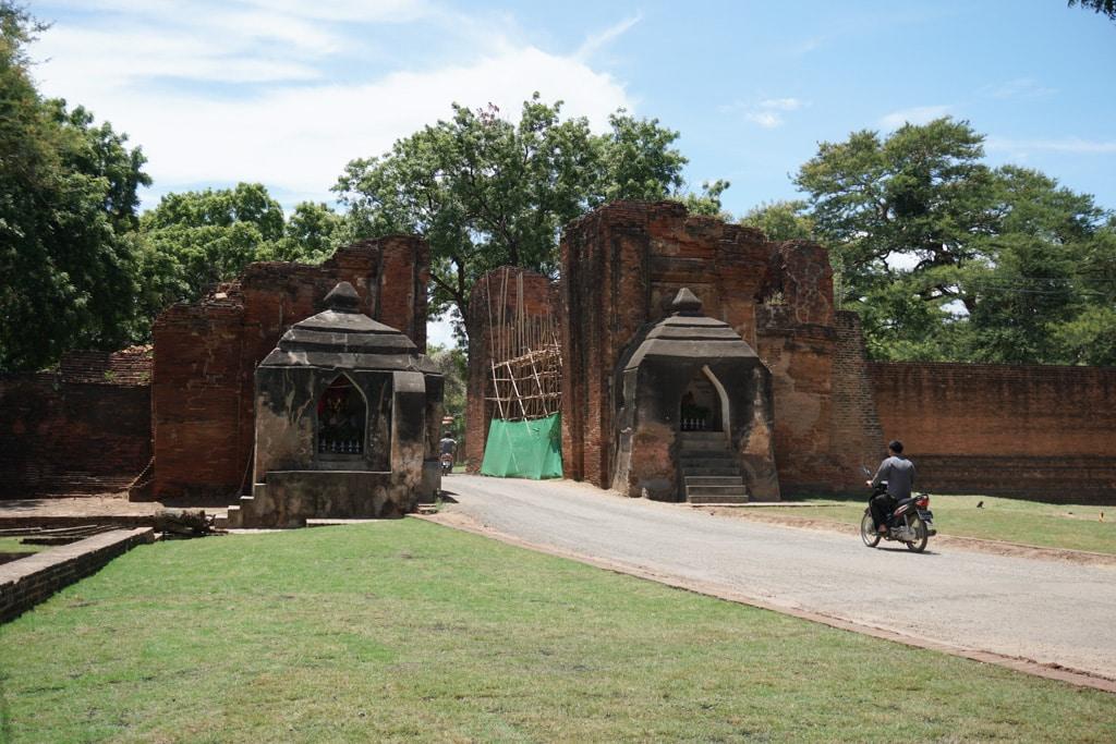 Porte Tharaba