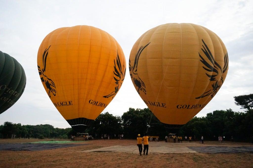 Montgolfière debout Bagan