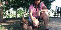 Moi avec les chats birmans au Inle Heritage Stilt Houses