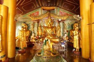 Bouddha à Shwedagon