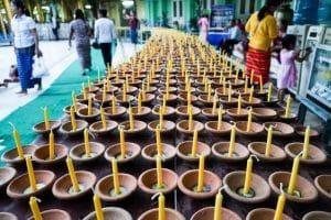 Bougies à Shwedagon