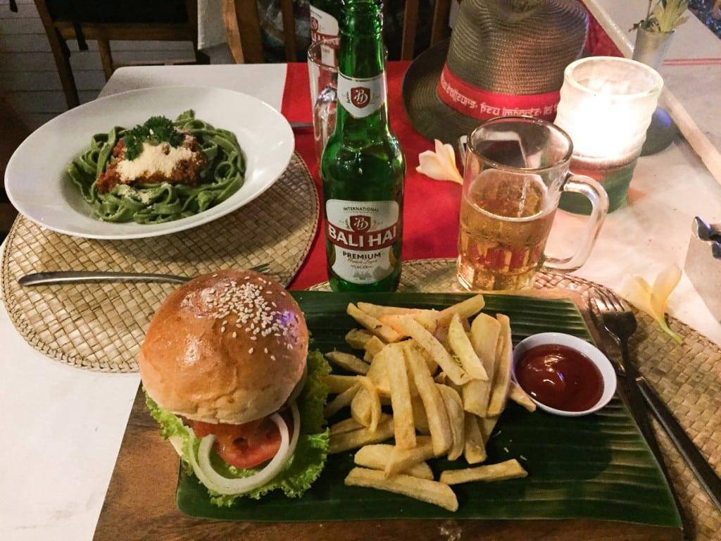 Burger au Nomad Bali Restaurant