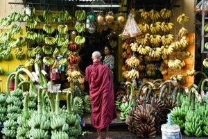 Magasin de bananes à Yangon