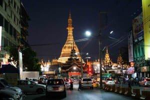 pagode-sule-de-nuit-2-yangon