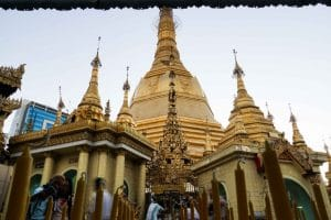 pagode-sule-interieur-yangon