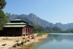 Environs de la pagode Kyauk Ka Latt