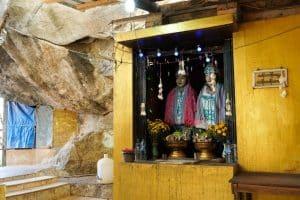 Esprits à la pagode Kyauk Ka Latt
