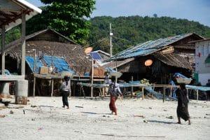 Femmes au village San Hlan - Dawei