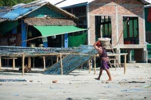 Pêcheur au village San Hlan - Dawei