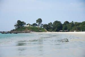 Plage Teyzit beach