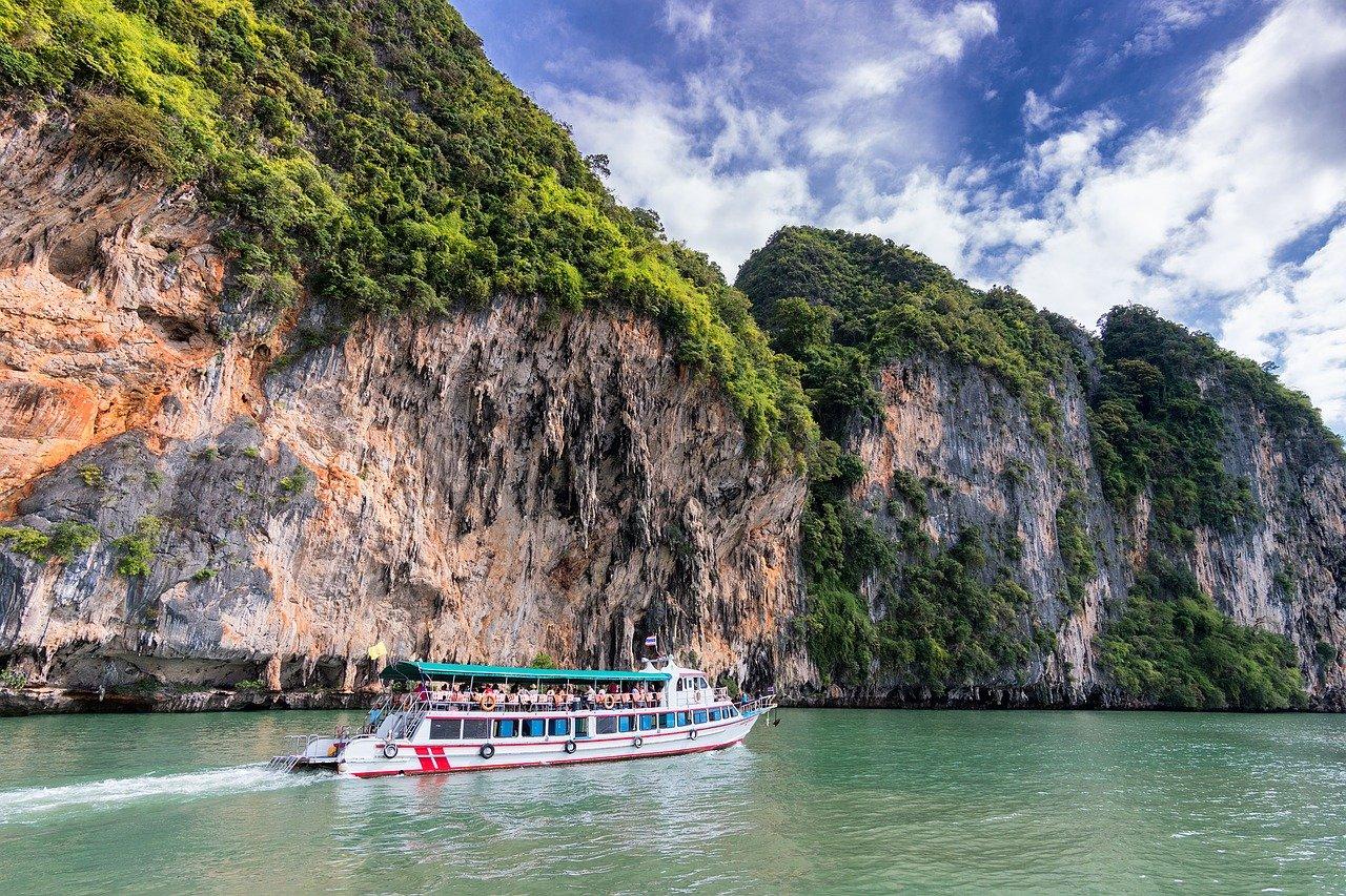Croisière bateau dans baie de Phang Nga